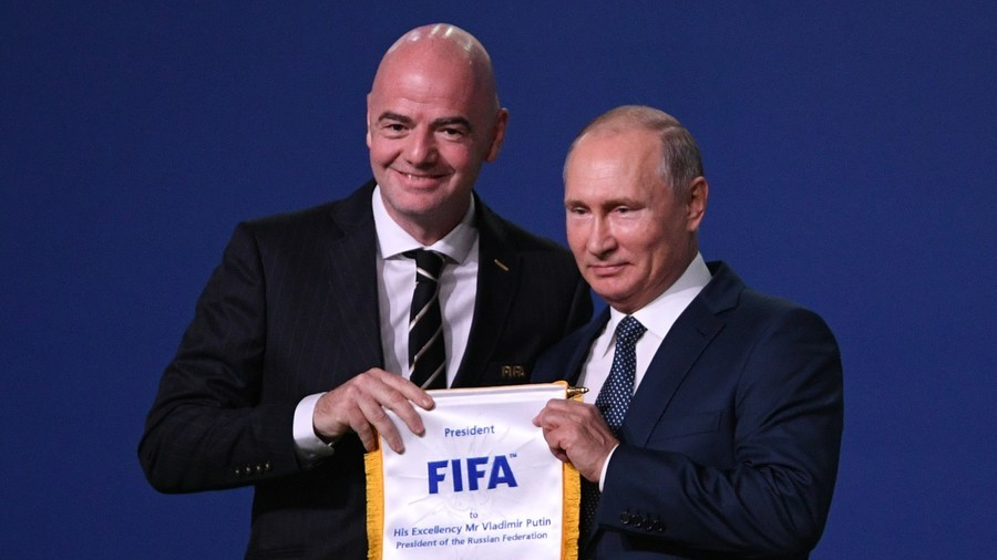 Putin thanks 'entire world football family' for help in organizing 2018 World Cup
