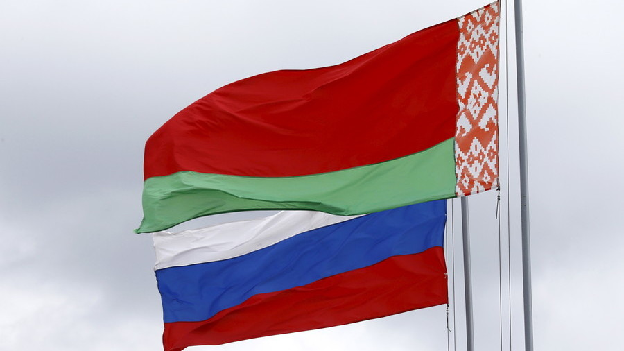 Russia & Belarus ditching dollar trade in favor of national currencies