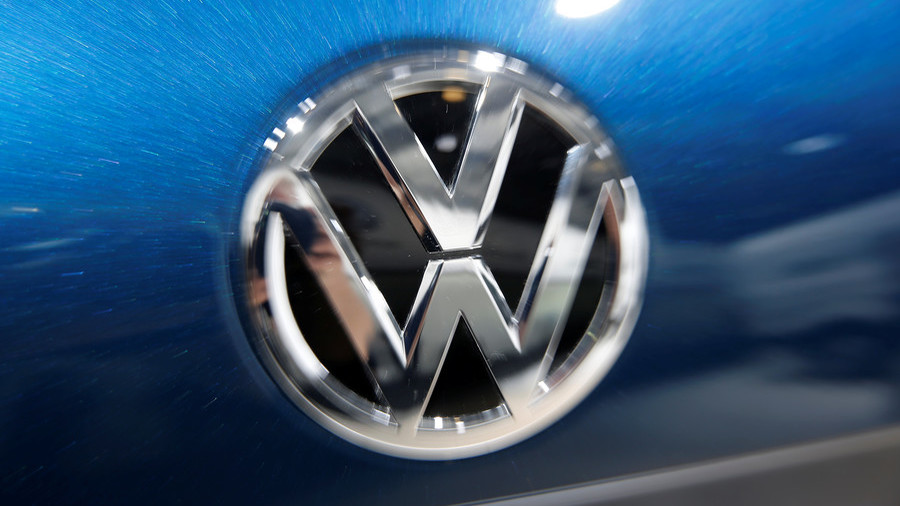 Volkswagen slapped with 1 billion euro fine by German government