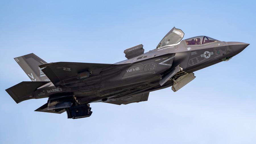 F-35 quebra de segurança de jato relatada, Brit preso por trama para vender segredos para a China