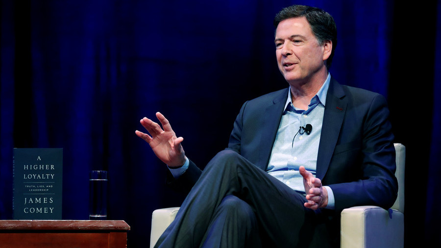 Watchdog Slams Comey's Handling of Clinton Controversy