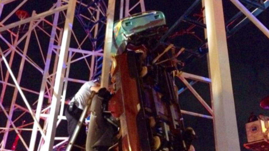 Rollercoaster riders dangle 30ft above ground after horrifying derailment (PHOTOS, VIDEOS)