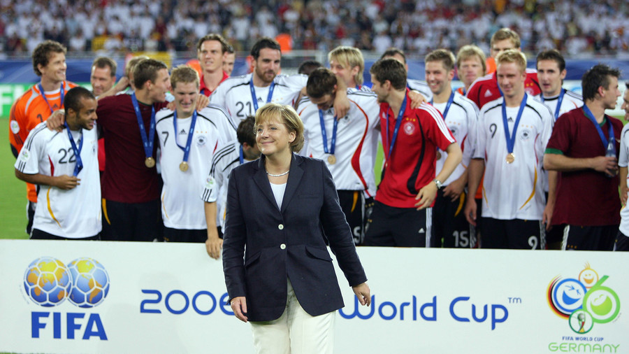 German politicians should not boycott FIFA World Cup in Russia – poll
