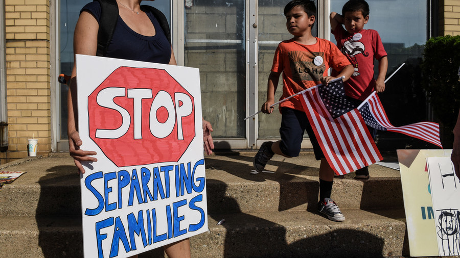 UN rights chief blasts US policy of  breaking up immigrant families as 'unconscionable'