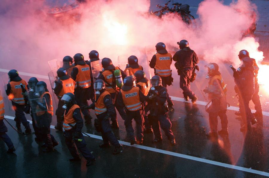 Fake news 'Ramadan riot' blamed on Birmingham Muslims, actually Swiss football hooligans