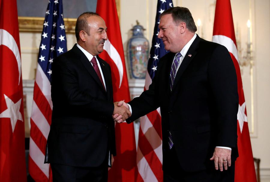 Bickering NATO buddies: Turkish FM meets with Pompeo amid strained US-Turkey ties