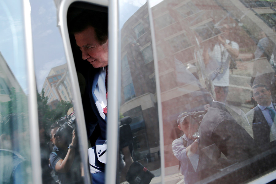 Mueller wants Manafort locked up for interfering with Ukraine-lobbying witnesses