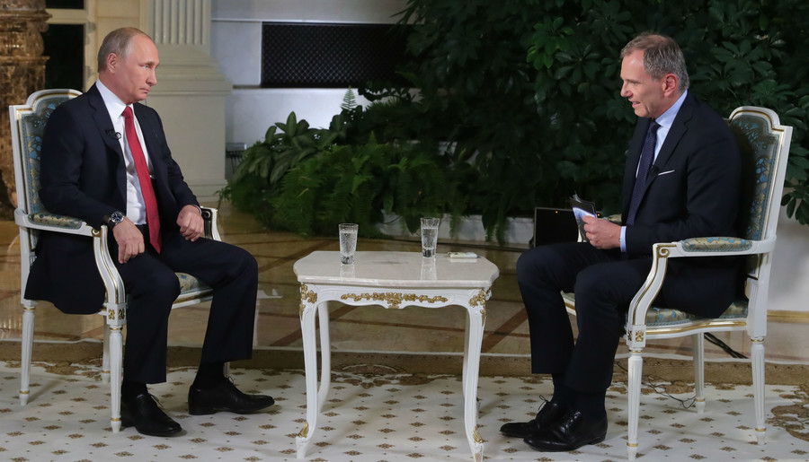 'I could be a lawyer' – Putin on alternative career options
