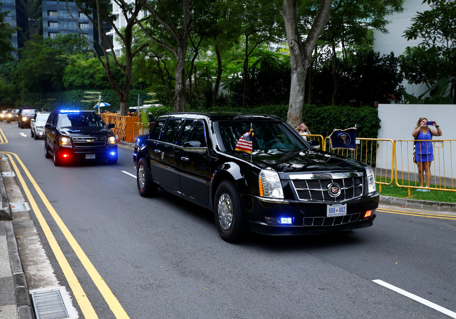 Donald Trump & Kim Jong-un arrive at historic summit in Singapore