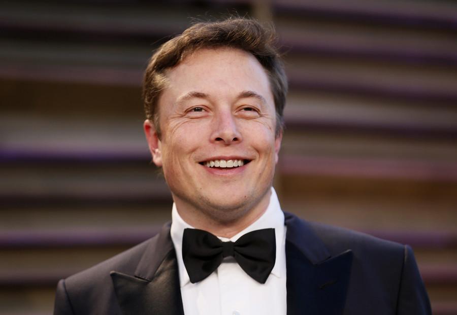 'You're a corporatist!': Elon Musk declares himself a socialist, Twitter loses it