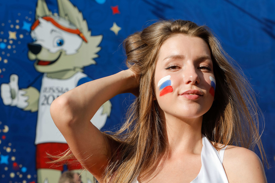 Russian dating app traffic surges as football World Cup fever rises