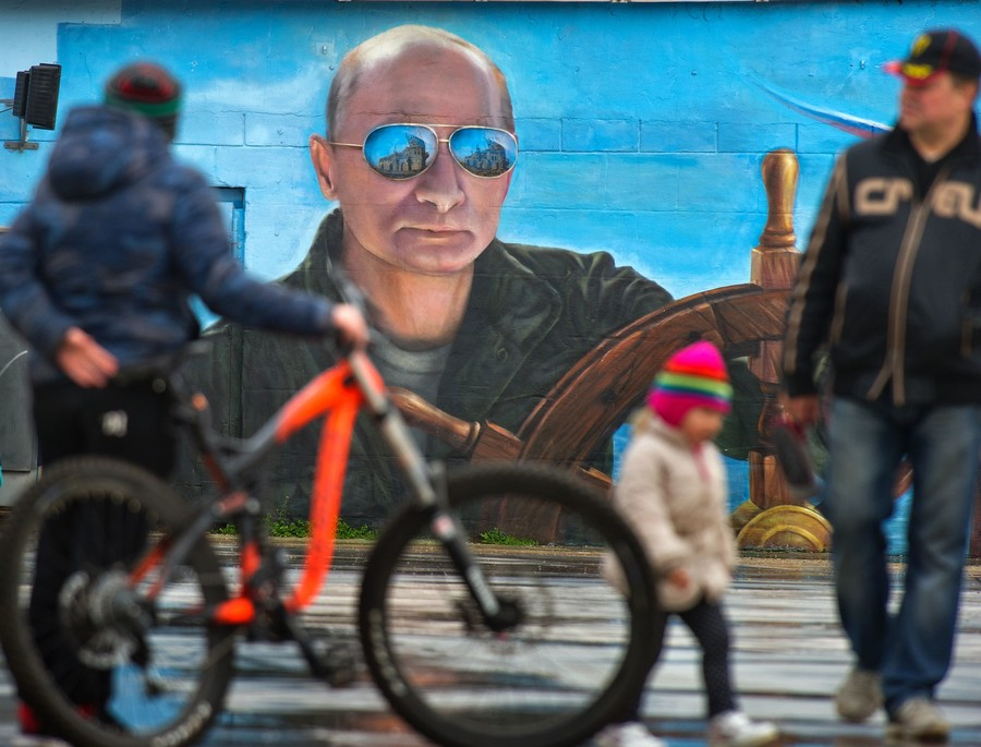 Over half of all Russians want Vladimir Putin to remain president after 2024, poll shows