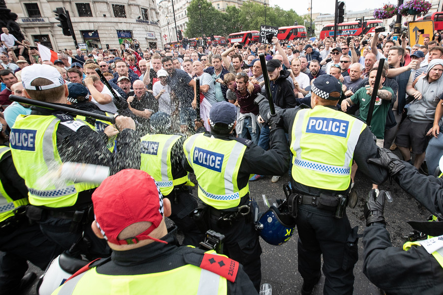'Free Tommy' protests: Letter urges people to 'come together' to defeat UK's resurgent far-right