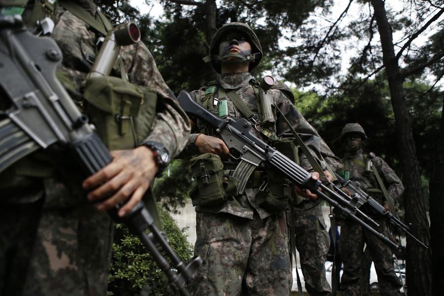 Washington 'indefinitely' delays 2 more military exercises with Seoul