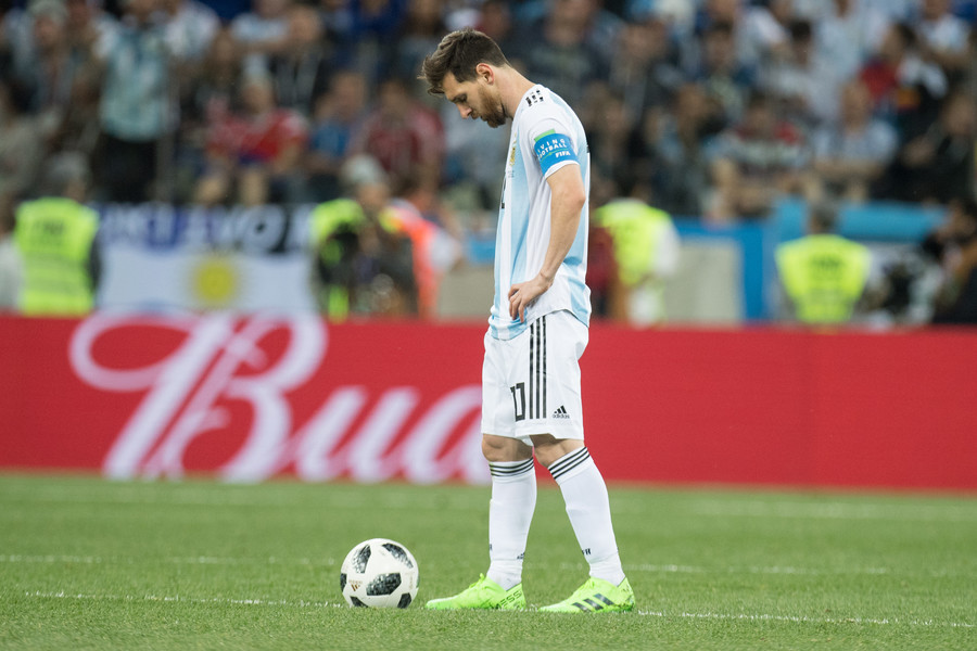 Messi, Mascherano to pick Argentina's team