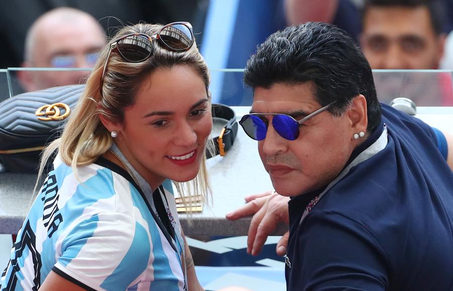 مارادونای 58 ساله در تدارک ازدواج با دختر 28 ساله! +عکس