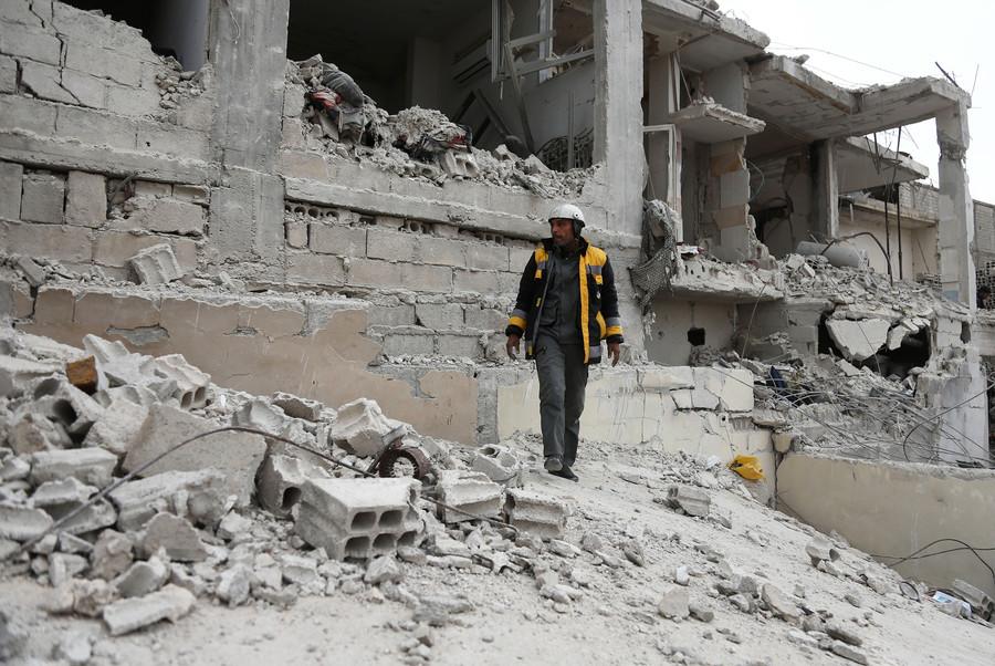 'Propaganda organization': White Helmets 'engage in anti-Assad activities' – author Sy Hersh to RT