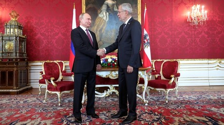 Russian President Vladimir Putin and President of Austria Alexander Van der Bellen during the official meeting held at Hofburg palace in Vienna. June 5, 2018.