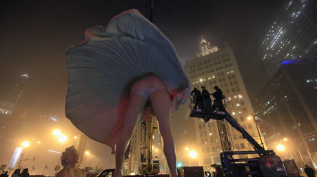 Giant Marilyn Monroe statue gets church members hot and bothered (PHOTOS)