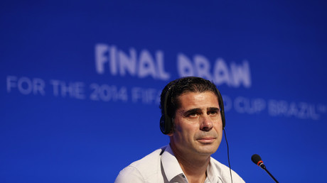 Fernando Hierro of Spain attends a news conference © Sergio Moraes