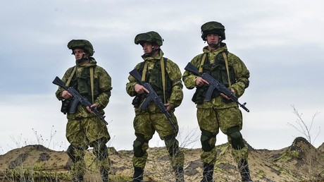 Russian servicemen during the Command Post exercise of the Airborne Force at the Opuk base in Crimea © Igor Rudenko