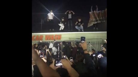 Cops fire rubber bullets to disperse fans at slain rapper XXXtentacion's memorial (VIDEO)