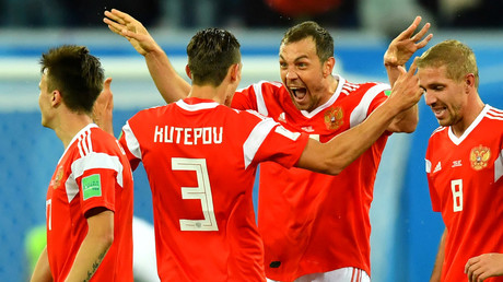 Russia officially qualify for World Cup knockout stages after Uruguay beat Saudi Arabia in Group A