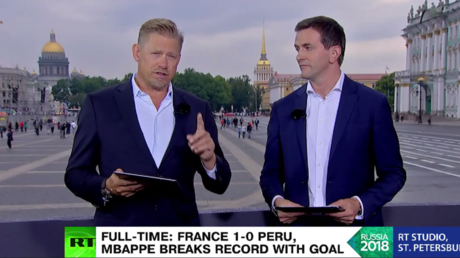 'I'm confident, but try not to think he's my son' – Peter Schmeichel on watching son Kasper (VIDEO)