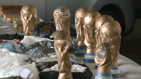 Utilizing World Cup euphoria: Argentinian gang smuggles cocaine in FIFA trophy replicas