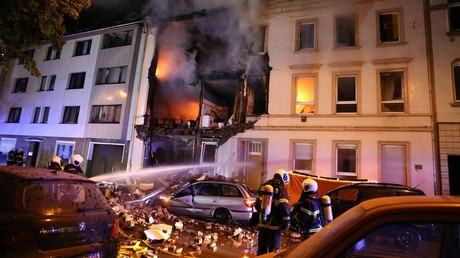 Smoke & rubble: 25 injured as blast rocks apartment building in western Germany (PHOTOS)