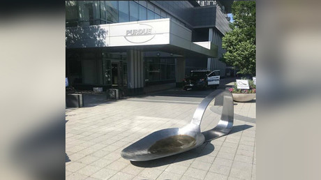 Giant heroin spoon dropped to protest opioid-making pharma (PHOTOS)