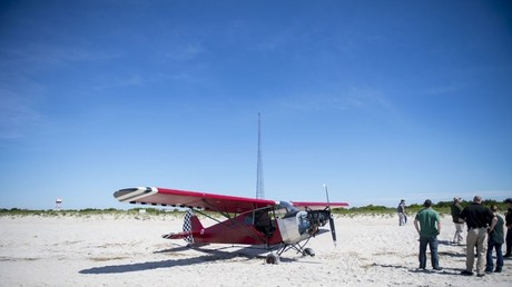 Mysterious joyride: Pilot disappears after abandoning stolen plane on New Jersey beach (VIDEOS)