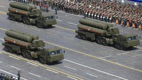 S-400 systems on parade in Moscow, May 2015 © Sputnik