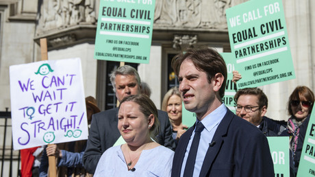 Straight couple win the right to marry like gay couples