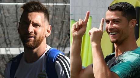 Messi & Ronaldo face off in rival Kazan murals (VIDEO, PHOTO)
