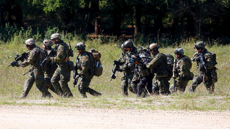 US Army's Global Response Force drill in Hohenfels, Germany. August 26, 2015 © Michael Dalder