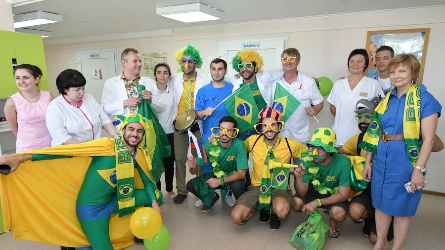 Brazil fans surprise children in Samara hospital with heartwarming visit