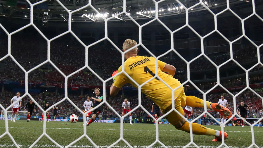 Renowned keeper Schmeichel impressed by his son's 3 penalty saves, despite Denmark's World Cup loss