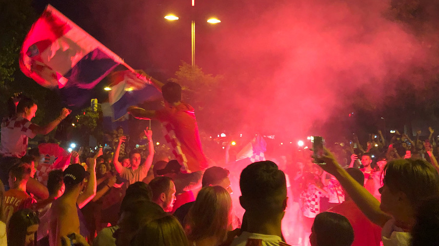 Zagreb erupts in joy after Croatia's nail-biting World Cup victory over Denmark (VIDEOS)