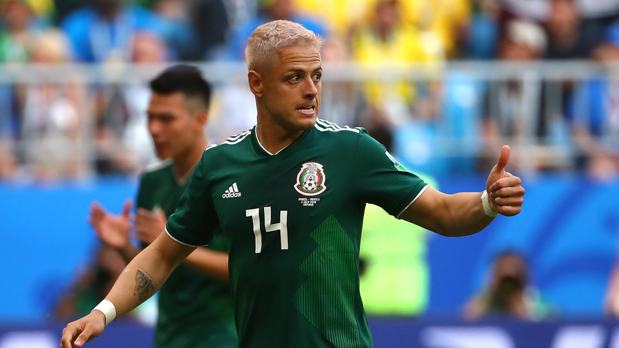 'If Mexico wins, we all go blonde!' – World reacts to Chicharito's dyed haircut