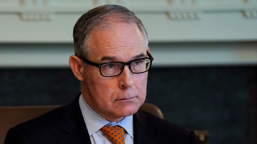 EPA chief Pruitt becomes latest Trump official to be harassed in a restaurant