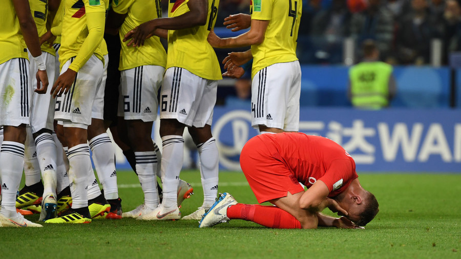 'He graduated the Neymar diving school' – England's Henderson divides opinion during Colombia clash