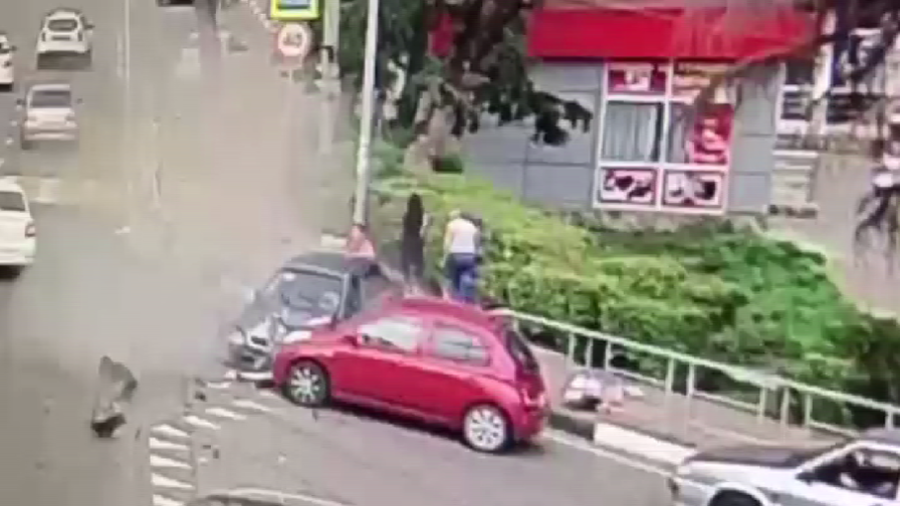 Horrifying footage of deadly vehicle smash into pedestrians