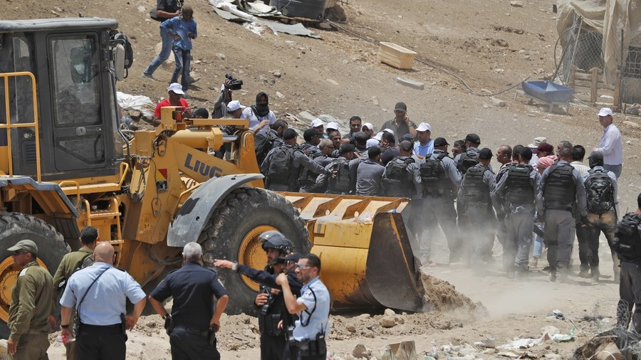 EU, UN & rights groups condemn Israel's plan to bulldoze West Bank Bedouin village