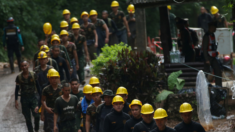 Thai Diver Dies During Cave Rescue Operations
