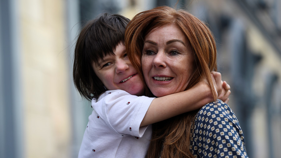 Autistic boy v govt: Billy Caldwell placed under 'hospital arrest' over medical cannabis treatment
