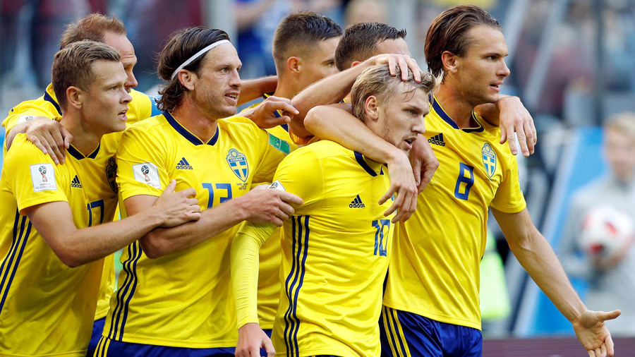Sweden aiming to upset an England team on the verge of history
