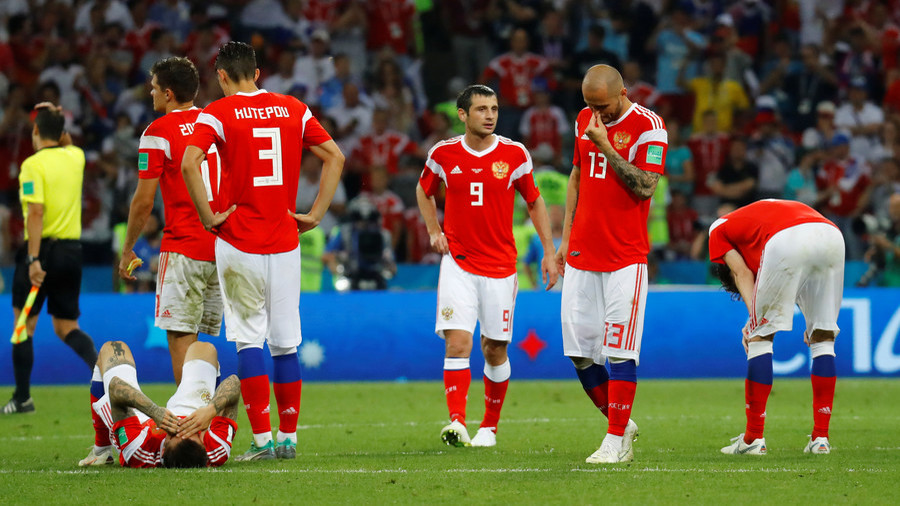 Gary Neville's World Cup predictions are very impressive in hindsight