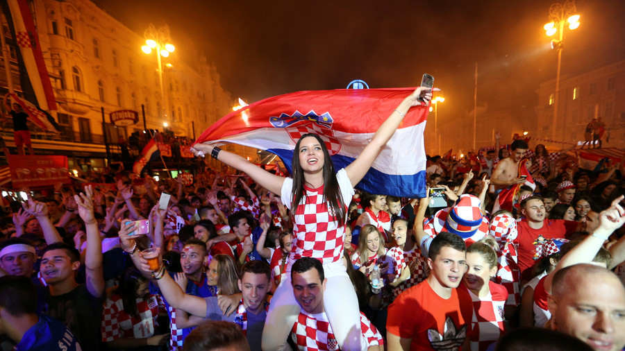Russian chess legend-turned-opposition figure Kasparov rejoices at Croatia's victory over Russia