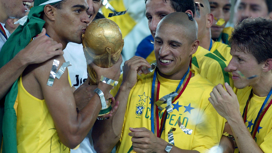 'Lifting the golden trophy is incredible': Roberto Carlos on what it means to win a World Cup
